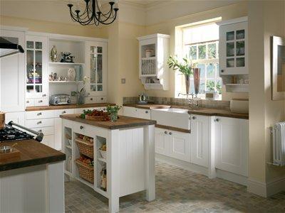 Nuova cucina varie for Casa stile shaker